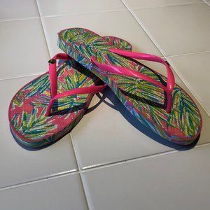 Lilly Pulitzer Pool Flip Flops- Size Large 9/10